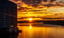 sun-setting-over-River-Shannon-behind-the-Clayton-Hotel-Limerick